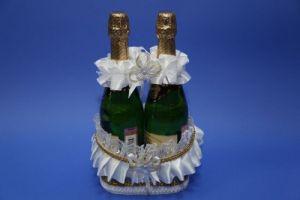 Корзинка д/шампанского белая