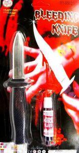 Нож убирающийся с кровью