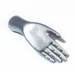Магнит в виде руки серебро 2