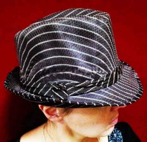 Шляпа Гангстера в полоску